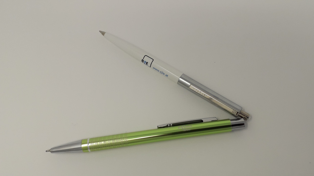 blumenidee-und-q2e-kugelschreiber-1280x720-crop-50-50.jpg
